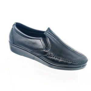 SAS Black Leather Split Toe Casual Wedge Comfort